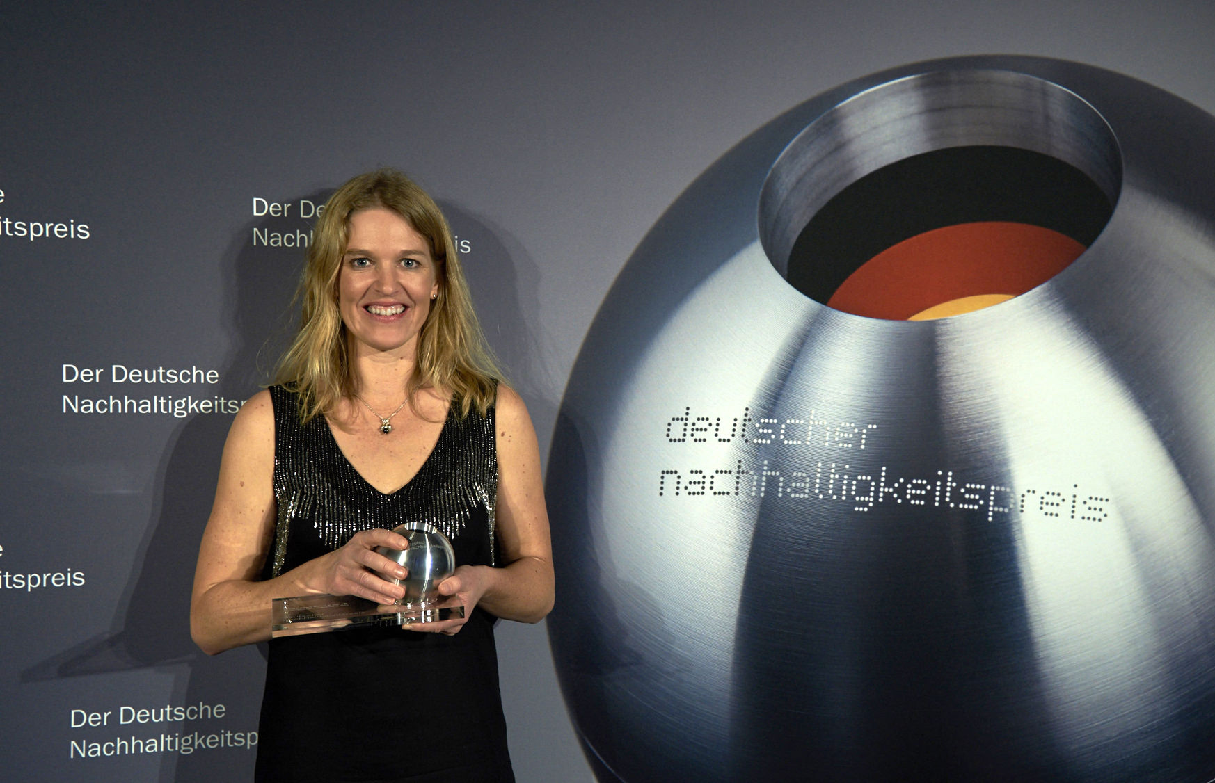 Antje von Dewitz with the German Sustainability Award 2015 - Photographer: Frank Fendler